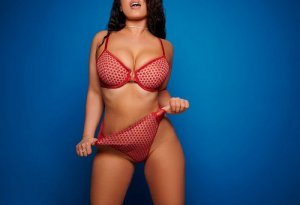 Emma-rose live escort