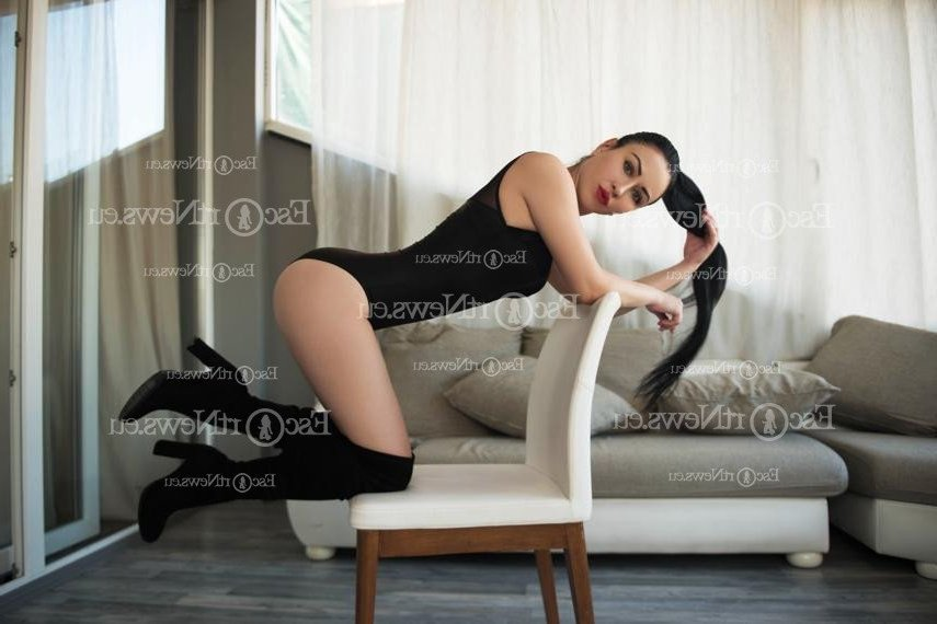 escort girls & thai massage